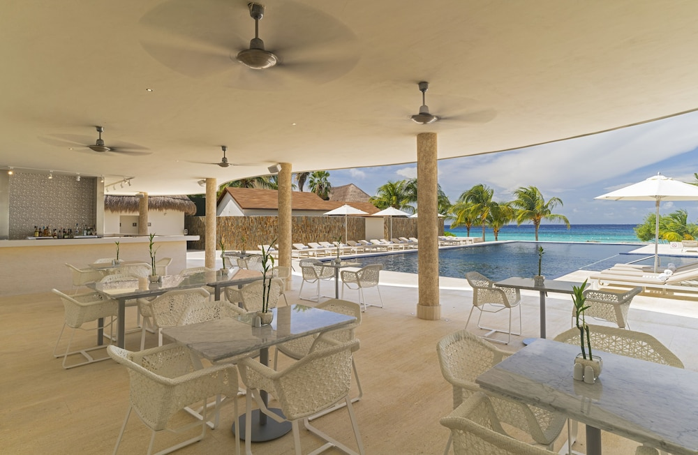 Snack Bar, The Westin Cozumel All Inclusive