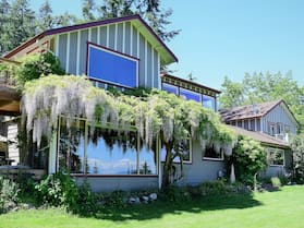The Bluff on Whidbey B&B
