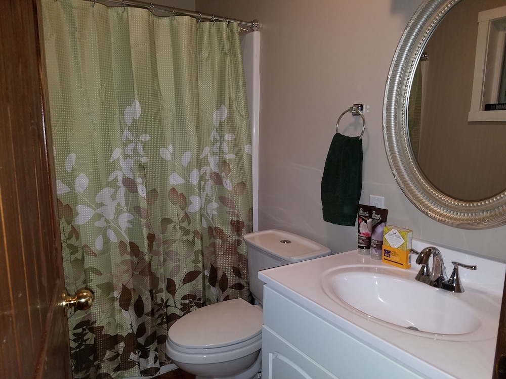 Bathroom, Private Forest Retreat: No Cleaning Fees!
