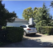 Nice Quiet and Bright House in Midtown Palo Alto Good for Family/ Work Trip