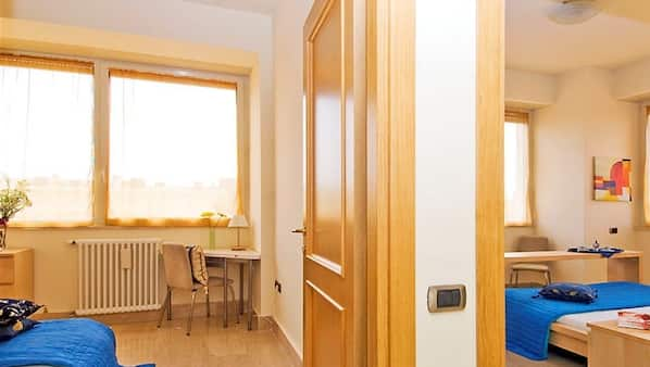 2 bedrooms, individually furnished, desk