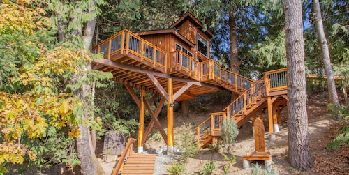 Owls Perch Treehouse Private Treetop Escape
