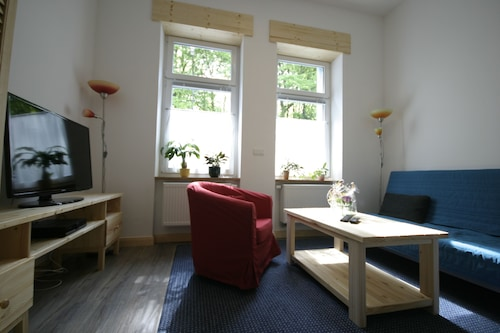 In the Middle of Wuppertal First-class Apartment