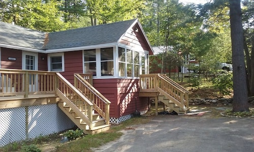 Great Place to stay The Cottage at Loon Pond near Acton