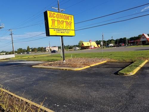 Great Place to stay Economy Inn Motel near West Orange