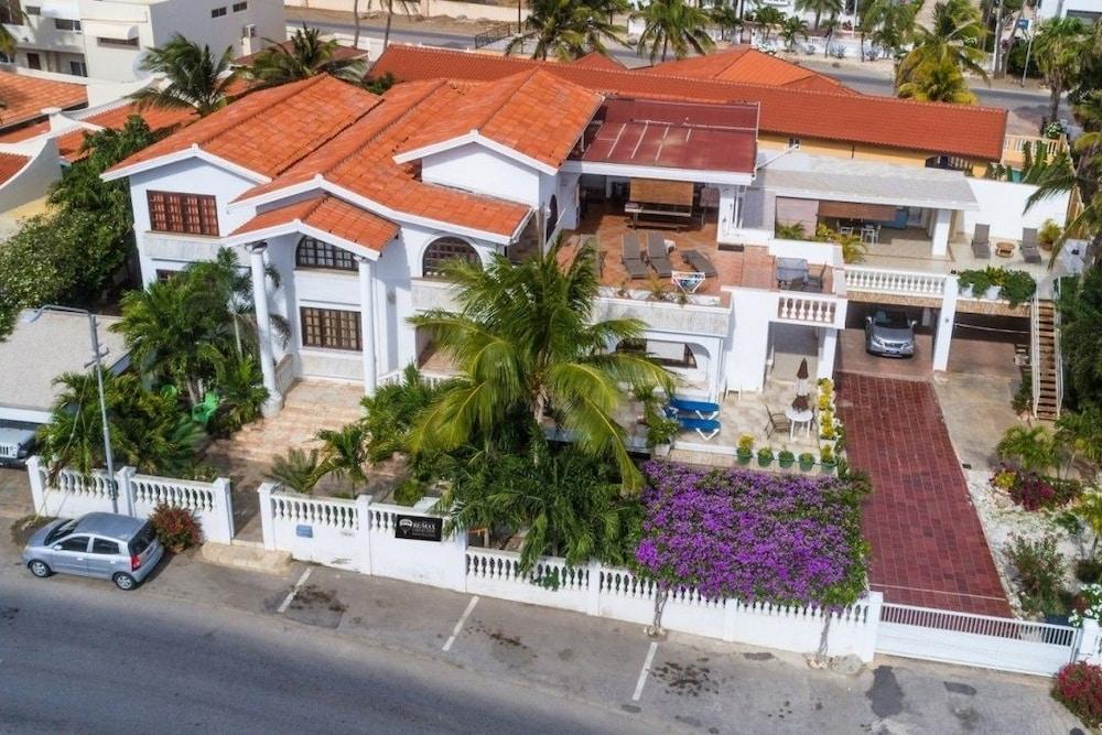 Beach White Villa Aruba 0 Out Of 5