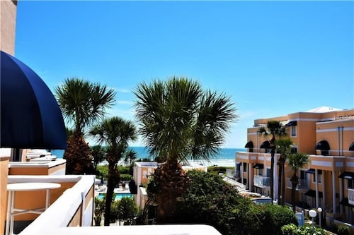 2 Bedroom · Gorgeous Ocean View 2/2 Condo