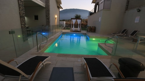 Best Chalets in Tiberias for 2019: Find Cheap $78 Chalet Rentals