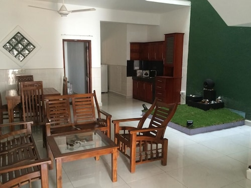 Sush Vacation Rentals (LKA 31905491) photo