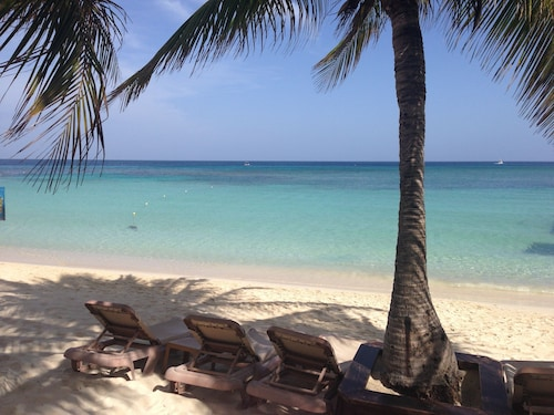 New Listing 2br Beach Paradise Luxury Condo Infinity Bay Resort