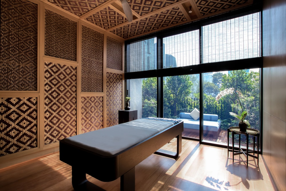 Treatment Room, The RuMa Hotel and Residences