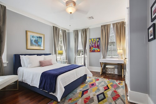 Great Place to stay NOLA Vibes in the Garden District near New Orleans