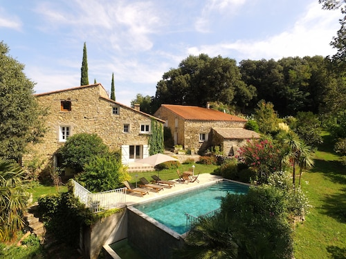 Stunning 15th Century Farmhouse With Infinity Pool in Private Grounds