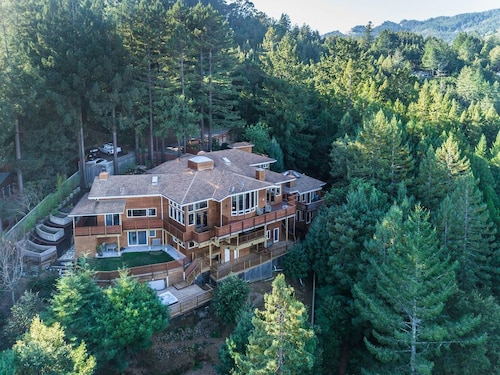 Luxurious Mansion on Mt. Tamalpais