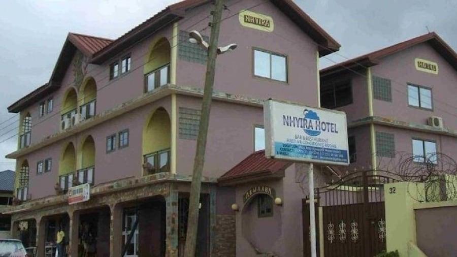 Nhyira Hotel