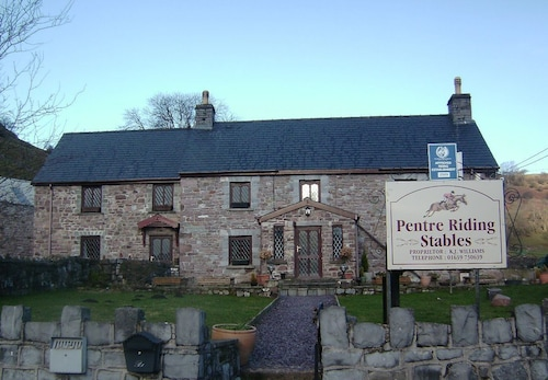 Pentre Riding Stable and Accommodation