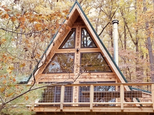 A-frame Cabin Escape in George Washington Natl Forest, Lost River Area, WV