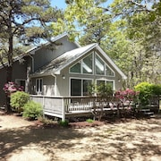 Katama Retreat! Air Conditioned 3br/2b, Sleeps 6 - 1.8mi to Beach And Harbor