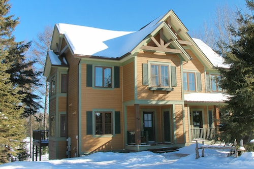 Casa Tremblant: Vacation Home Rental