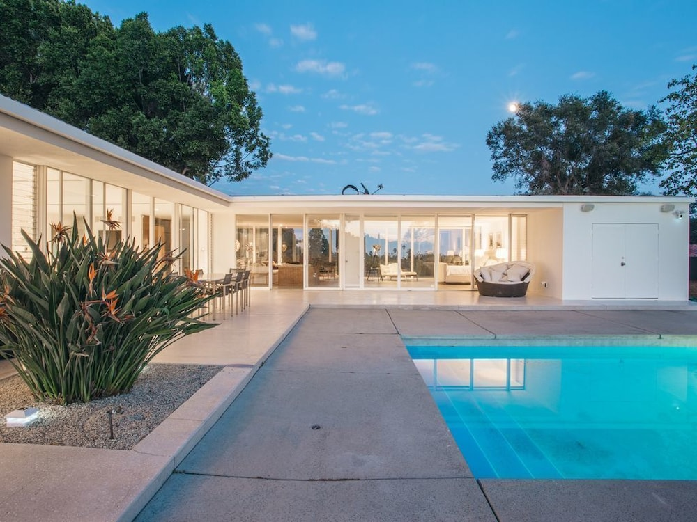 Views Pool West Hollywood Hillsbeverly Hills Midcentury - Hollywood-hills-architectural-masterpiece