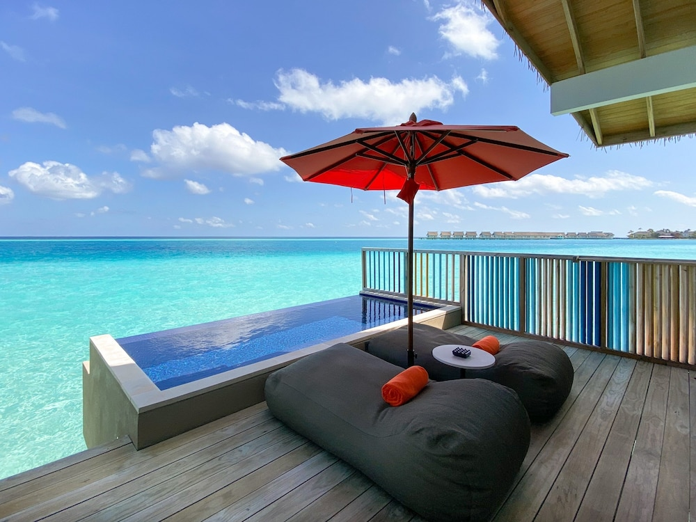 Private Pool, Hard Rock Hotel Maldives