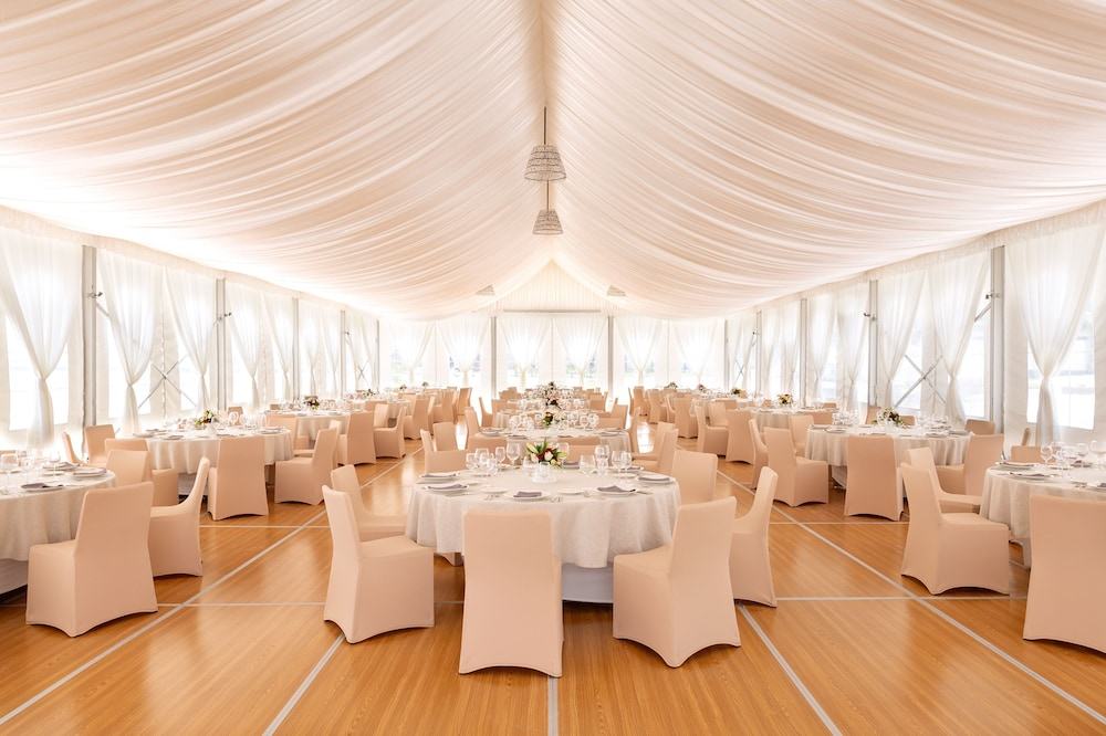 Banquet Hall, Hard Rock Hotel Maldives