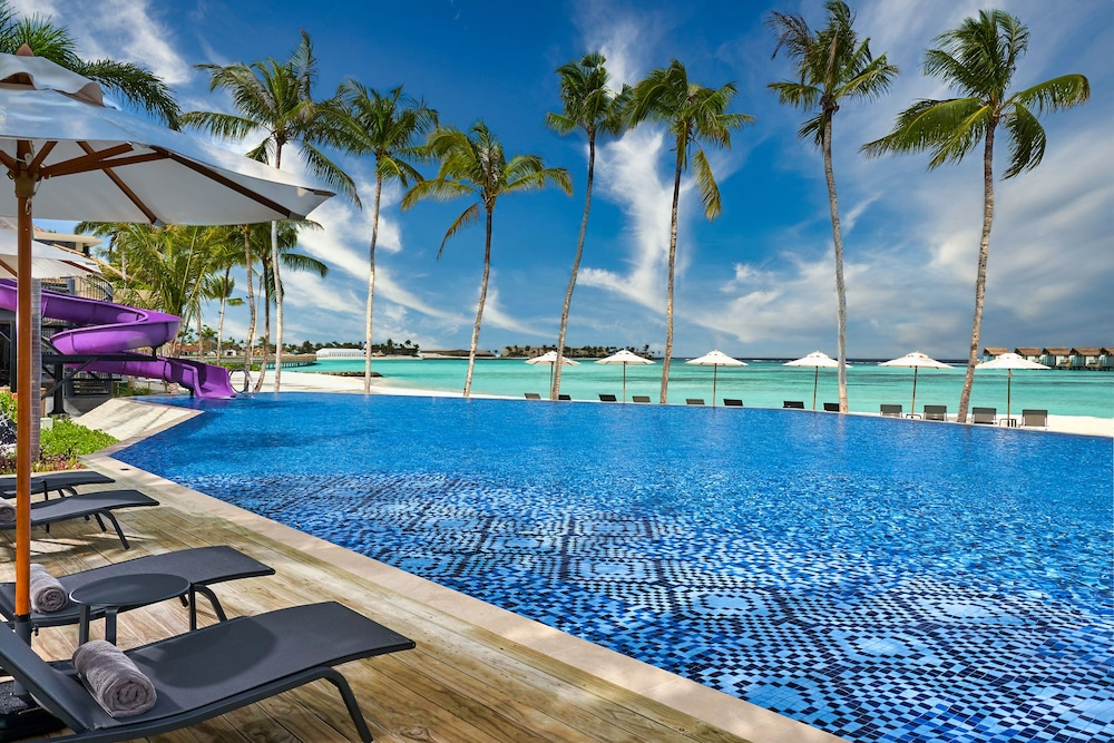 Outdoor Pool, Hard Rock Hotel Maldives