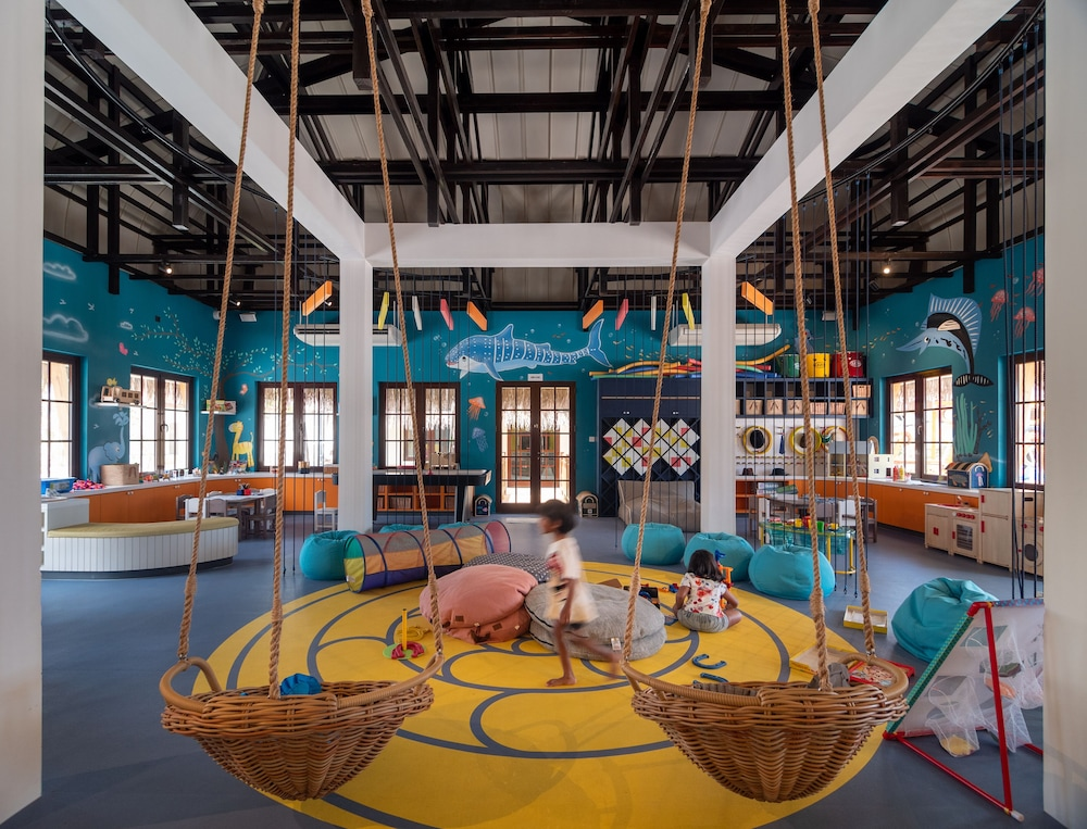 Children's Activities, Hard Rock Hotel Maldives