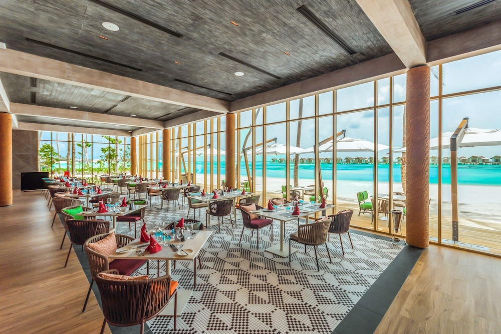Restaurant, Hard Rock Hotel Maldives