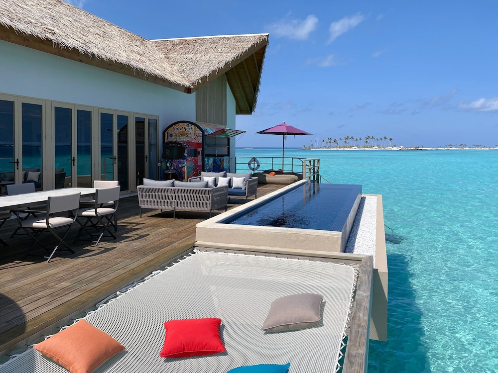 Terrace/Patio, Hard Rock Hotel Maldives
