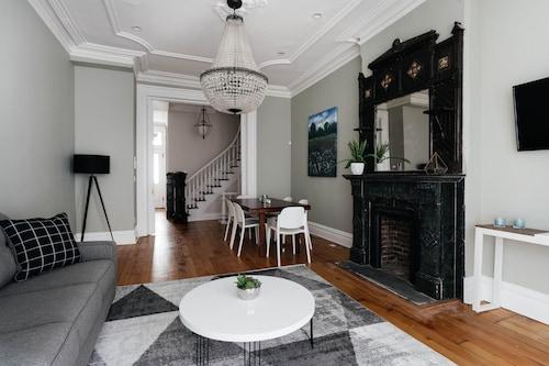 Staten Island Holiday Rentals: 10 Best Accommodation in