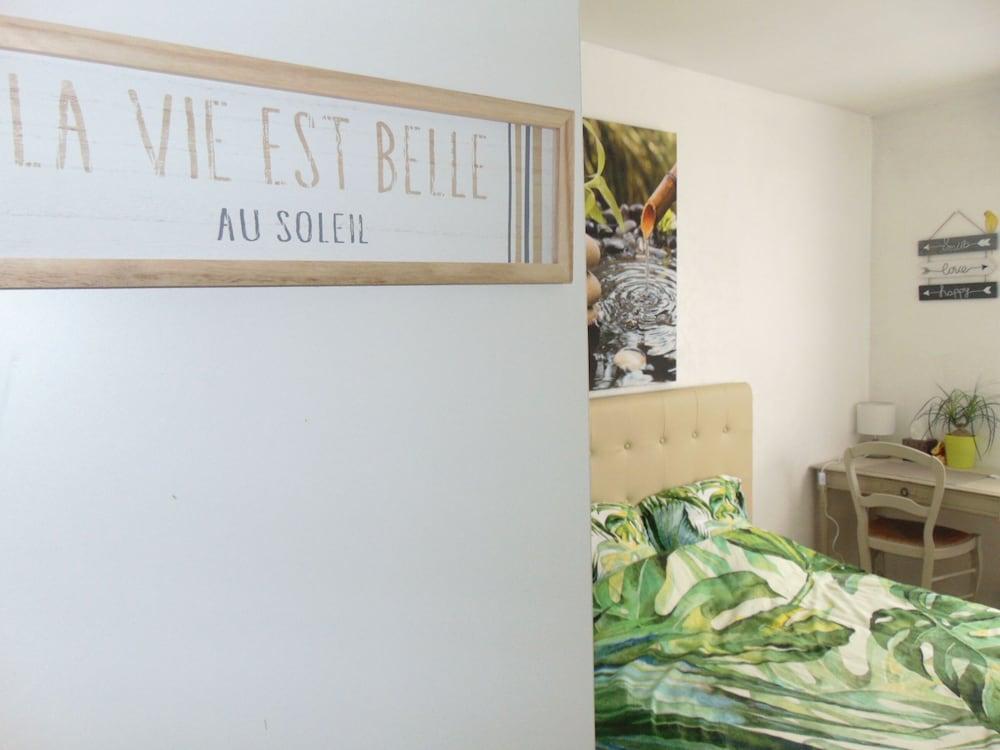 La Naturelle Room Sweetness Lyon France Expedia Fr