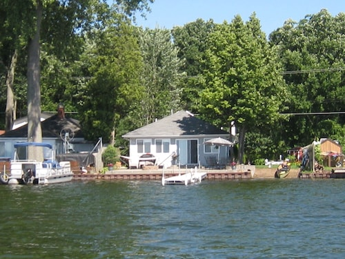 All Sports Lake / Golf, Minutes From Many Actitives