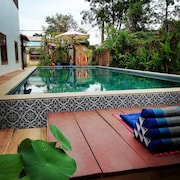 Angkor Dino B & B, Private 8-zimmer-pool-villa + BF + Pick UP + 6 MN VON DER PUB Street