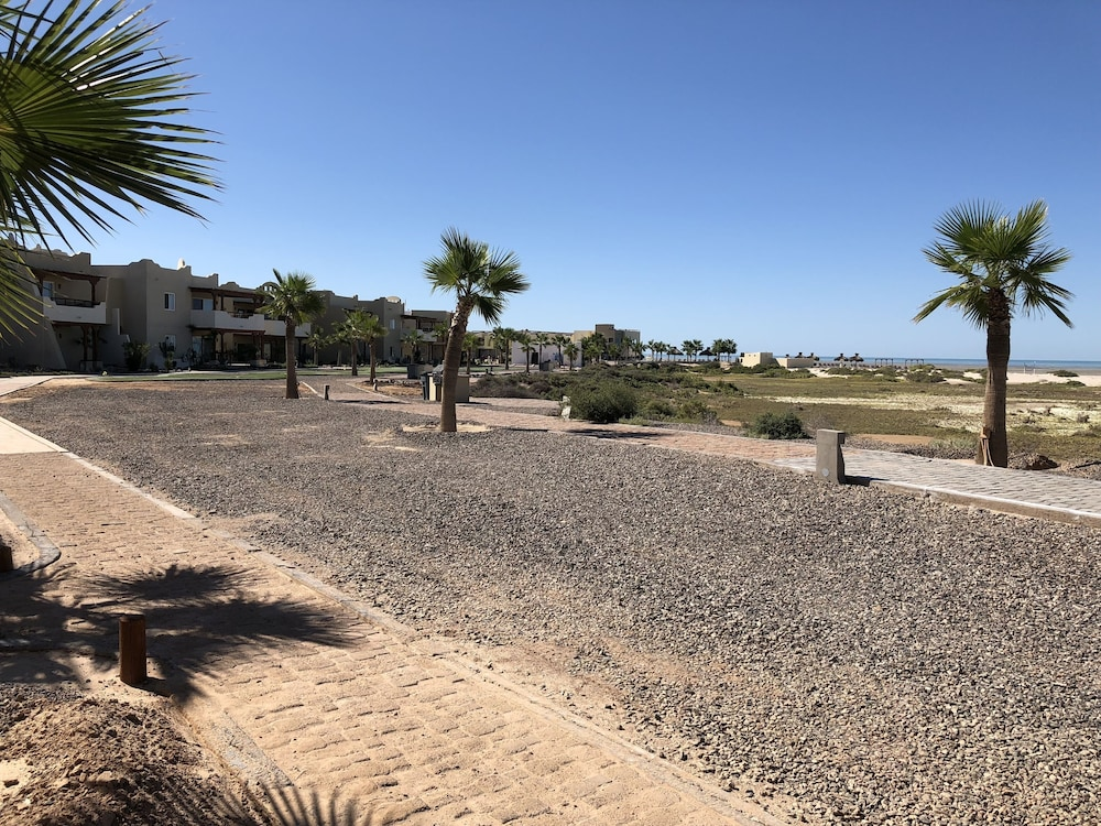 , Villa Playa at Laguna Shores