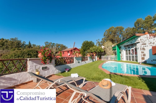 Holiday Cottage With Private Pool in Firgas