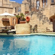 Ta' Ganni Farmhouse - 300 Year old Converted Farmhouse With Private Pool