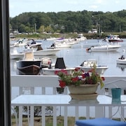 Renovated Water Front 2BR - Amazing View - Walk to Beach, Shps, Restaurant Train