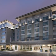 Courtyard by Marriott Atlanta Alpharetta/Avalon Area