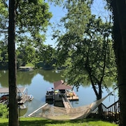Boat Dock! Near Twin Creeks Marina! Walk to Movies, Shops, Restaurants!