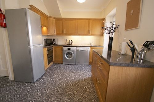 3 bed dog Friendly Cottage With Free Wifi
