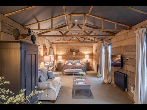 Luxury Barn Conversion in Rural Kent