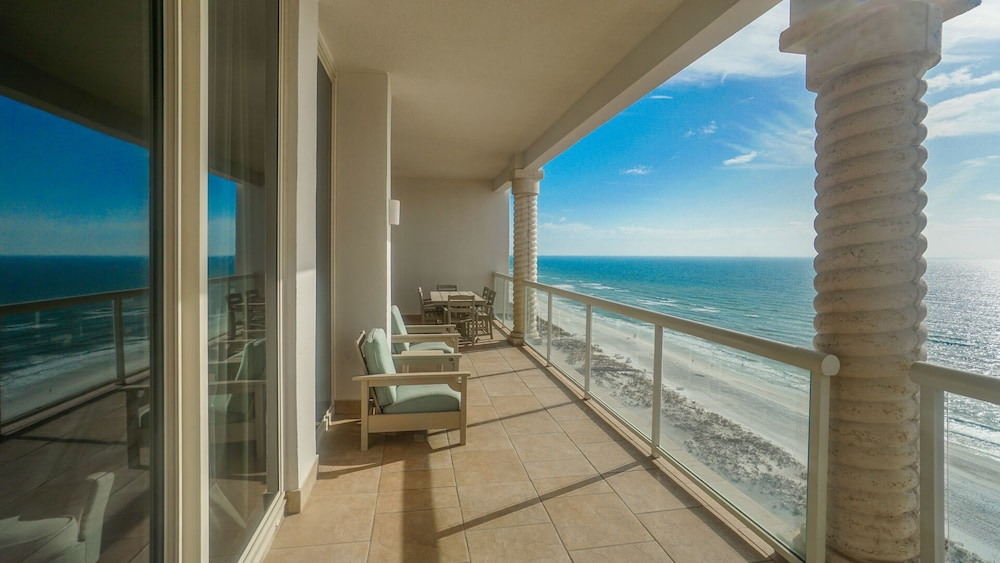 Balcony, Beautiful Ocean Views w/ Seasonally Heated Pools, Grill, & Free Beach Chairs!