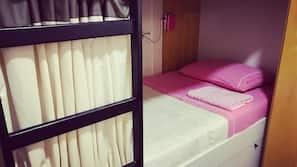 4 sovrum, gratis wi-fi och sängkläder