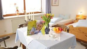 Allergikerbettwaren, Verdunkelungsvorhänge, kostenloses WLAN, Bettwäsche