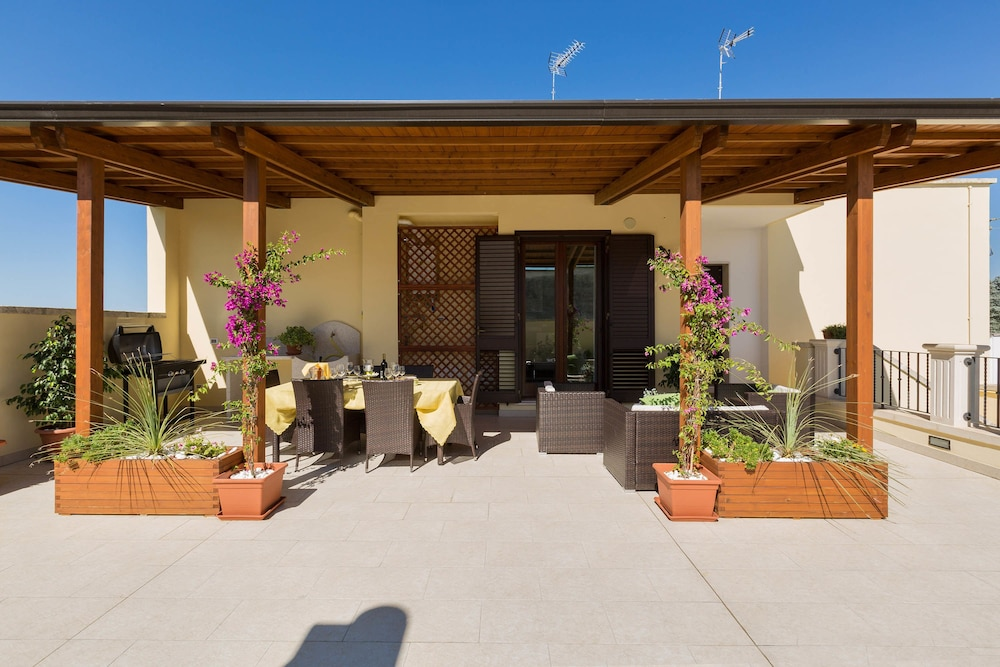 La Terrazza Di Ada In Calimera Hotel Rates Reviews On Orbitz