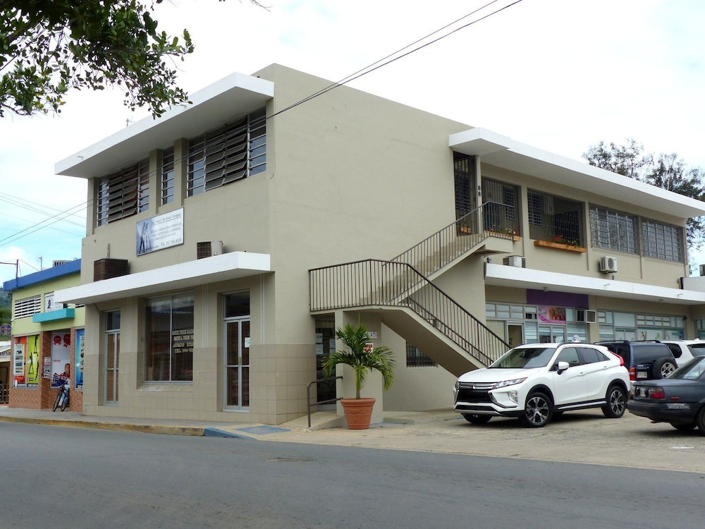 Front of Property, Utuado Lodging - Downtown