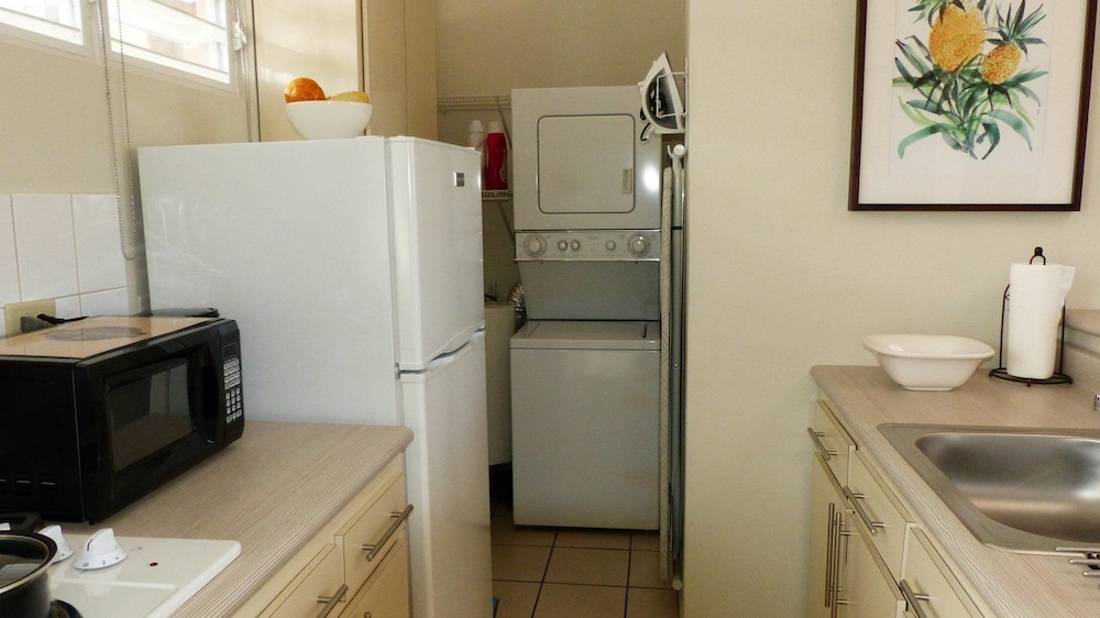 Laundry Room, Utuado Lodging - Downtown