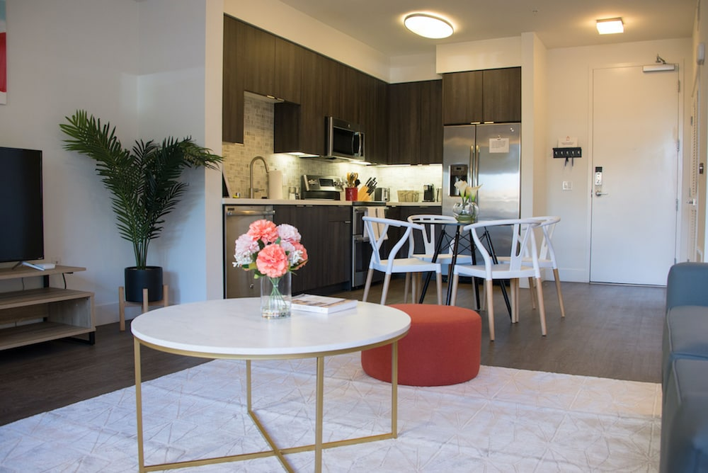 In-Room Dining, Kasa Orange County Apartments