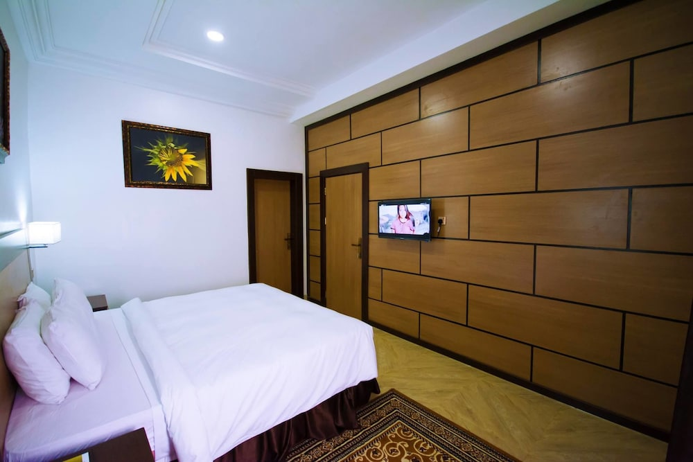 Room, Immaculate Golden Hotels Limited